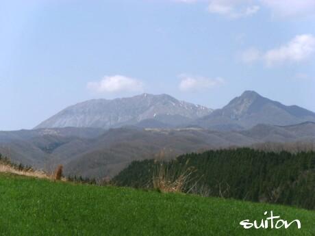 大山が綺麗ですが、南壁は険しい!